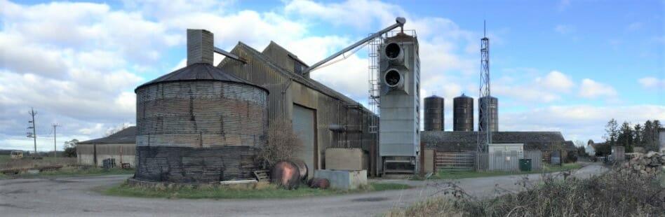 The Ashes Farm, Barton